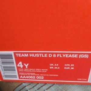 Team Hustle D 8 Flyease
